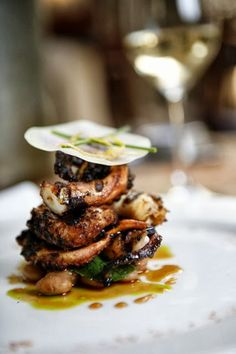 Scrumpdillyicious: Mario Batali: Grilled Octopus with 'Borlotti Marinati'