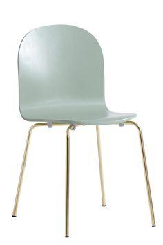 Tuoli taivutettua puuta ja metallia. Korkeus 82 cm. Syvyys 47 cm. Leveys 44 cm. Istuinkorkeus 44 cm. Istuinsyvyys 37 cm. Toimitetaan osina. <br><br>