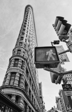new york city 2011 copyright peter tsai 13 Flatiron Building Black and White New York City Places Around The World, The Places Youll Go, Places To See, Around The Worlds, Flatiron Building, Go To New York, New York City, Empire State Of Mind, I Love Nyc