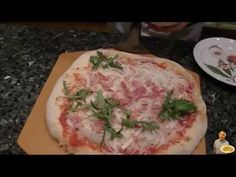 Today I will like to share with you my homemade pizza dough recipe. I will also show you how I make an Arugula, Prosciutto and Onion pizza with the dough. Dont forget to watch th Pizza Recipe Mozzarella, Onion Pizza Recipe, Prosciutto Pizza, Italian Dishes, Italian Recipes, Pizza Recipes, Dinner Recipes, Meal Recipes, Dessert Recipes