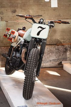 The Skate Tracker by Kickstart Garage of Redding, CA won the Leather and Lace award at the 2015 One Moto show in Portland. More about the show: http://thebullitt.blogspot.com/2015/02/the-one-moto-show-2015.html