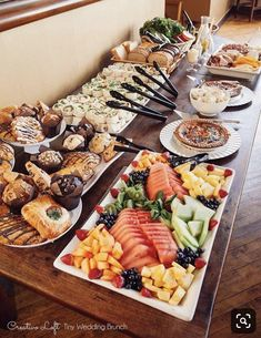 Chicago Small Wedding Packages - Chicago& Little Weddings and .- Chicago Small Wedding Packages – Chicago kleine Hochzeiten und Elopements – LI… Chicago Small Wedding Packages – Chicago Small Weddings and Elopements – LIFE – - Baby Shower Brunch, Baby Shower Menu, Bridal Shower Brunch Menu, Baby Shower Table Set Up, Bridal Luncheon, Baby Shower Themes, Brunch Buffet, Party Buffet, Breakfast Buffet Table