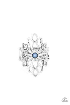 Perennial Daydream - Blue Paparazzi Accessories, Paparazzi Jewelry, Jewelry Show, Cute Jewelry, Spring Lake, Blue Springs, Floral Centerpieces, Blue And Silver, Fashion Rings