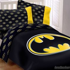 http://www.cadecga.com/category/Queen-Comforter-Set/ Batman Queen Comforter Set w/ 2 Pillow Cases