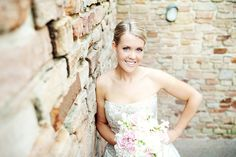 bridal portrait ideas | Found on perezweddings.com