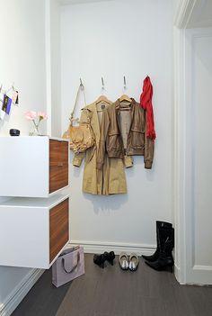 Apartment Floor Plans: Apartment Floor Plans With Corner Closet And Small Cabinets