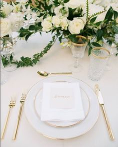 Set Collections is a Maui, Hawaii based luxury tabletop rental company. We add beauty and unexpected design details to weddings and events. Glamorous Wedding, Gold Wedding, Elegant Wedding, Dream Wedding, Wedding Set, Wedding Ideas, Gold Flatware, Wedding Plates, Pink Wallpaper Iphone