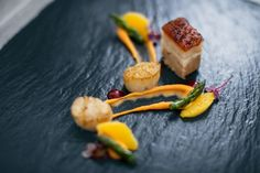 Freshness, lightness and harmony in every dish - Chef Markus Wanner cooks at The Crystal with high-quality, regional and sustainable products. Hotel S, Fresh Herbs, Feel Better, Sustainable Products, Stuffed Peppers, Design Hotel, Homemade, Meals, Dishes