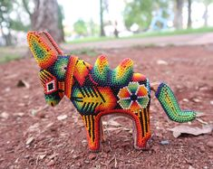 Polymer Clay Sculptures, Sculpture Clay, Mexican Jewelry, Mexican Art, Bead Art, Sculpting, Glass Beads, Beading, Inspire