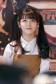 Cute Korean Girl, Korean Girl Groups, Asian Girl, Girl Short Hair, Short Girls, Girl Pictures, Girl Photos, Poses, Pre Debut