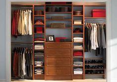Sama seperti menata keuangan, sebenarnya menata lemari juga perlu trik. Anda harus tahu bagaimana supaya pakaian bisa muat di lemari Anda karena pakaian akan terus bertambah. Bagaimana pula menyimpan pakaian,,,