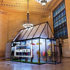 Hunters in their natural habitat #popupshop #rainyday #newyorkcity #retaildisplay #visualmerchandising #visualmerchandiser #vmlife #hunter #raincoat #rainboots #raingear #vmdaily via @retailfocus
