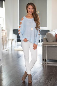 Had Me Smitten Sweater Light Blue - The Pink Lily