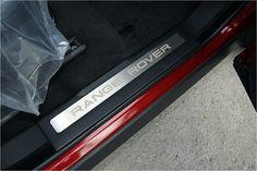 Range Rover Evoque Accessories   Door Sill Plates Set VPLVS0078PVJ Y /BARMECA www.barmeca.com