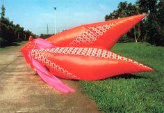 Arqueología del Futuro: 1985 Trajes Salvajes [Yoshiki Hishinuma] / PERVERSIONES NATURALES