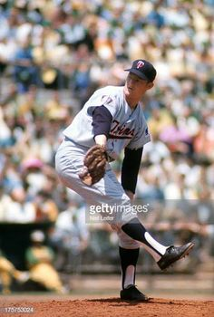 Minnesota Twins Jim Kaat in action pitching vs Oakland Athletics at OaklandAlameda County Coliseum Game 1 of doubleheader Oakland CA CREDIT Neil. Best Baseball Player, Baseball Park, Better Baseball, Baseball Photos, Mlb Pitchers, Mlb Uniforms, Minnesota Twins Baseball, Mlb Players, Oakland Athletics