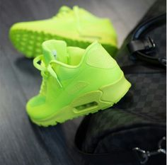 Neon Nike Hyperfuse