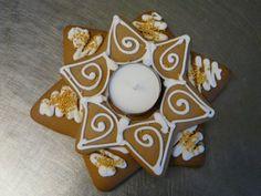 mécsestartó Sugar, Decorations, Cookies, Desserts, Food, Crack Crackers, Tailgate Desserts, Deserts, Dekoration