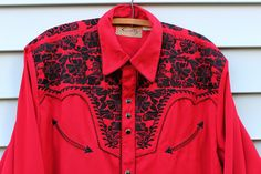 Vintage Vtg Vg 1970's 70's SKULLY Western Wear Pearl Snap Buttons Red Long Sleeved Top Rockabilly Hipster Country Western Men's Size Medium by foxandfawns on Etsy