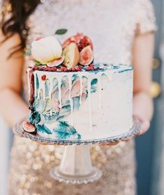 #Inspiredby this amazing colorful #drizzlecake!  Photo by @albarose_  Cake by@thebutterflycakefactory  As seen on @stylemepretty
