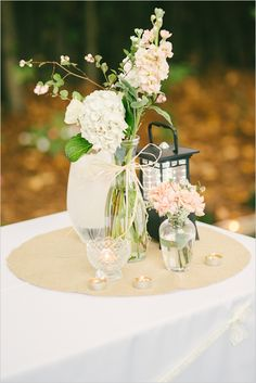 Love this wedding theme! So many great ideas.