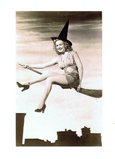 Pinup Girl Witch Card HW29