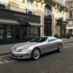 The Legendry Mercedes Benz SLR mclaren Mercedes Slr, Slr Mclaren, Love Car, Car Accessories, Exotic Cars, Cool Cars, Super Cars, Race Racing, Racing Wheel