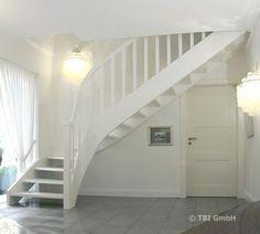 treppe mit hellen setzstufen und dunklen trittstufen braune buche treppe pinterest. Black Bedroom Furniture Sets. Home Design Ideas