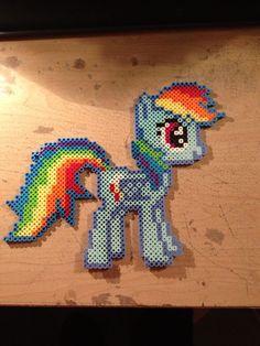 Rainbow Dash Perler beads by KeraKaotic on deviantart