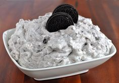 Ingredients 1 small box White Chocolate instant pudding mix 2 cups milk 1 small tub Cool Whip 24 OREOS, crushed 2 cups mini marshmallows Instructions In a large bowl whisk together the pudding mix and milk for 2 minutes. Add Cool Whip, OREOS and marshmallows, stir well. Refrigerate until ready to serve.