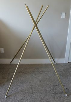 Easy Toddler Teepee *** PVC CAPS on cut ends so doesn't damage floor or hurt kids