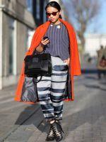 70 Amazing London Street-Style Snaps #refinery29  http://www.refinery29.com/london-fashion-week-street-style#slide-68  Fashion BFFs....