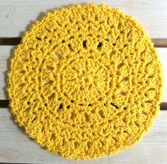 Free, round dishcloth pattern.