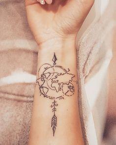 ) - Tatouage pour les amoureux des voyages, des globetrotters dans l'âme 😉 - Tiny Tattoos For Girls, Tattoos For Lovers, Arm Tattoos For Guys, Tattoos For Women Small, Small Tattoos, White Tattoos, Tattoos Arm Mann, Body Art Tattoos, Sleeve Tattoos