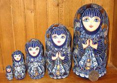 Russian HAND PAINTED UNIQUE nesting doll Poupee Russe Dark Blue GOLD Babushka 5