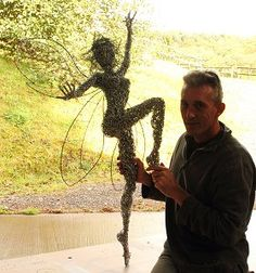 Fantasy Wire Fairies Sculptures. This guy is amazing.http://www.fantasywire.co.uk/blownawayfairydetail.html