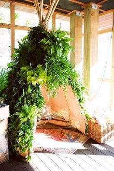 Indoor Glamping…a Living Tipi ! Interior Flat, Interior And Exterior, Interior Design, Cafe Design, Indoor Garden, Indoor Plants, Home And Garden, Herb Garden, Jungle Room
