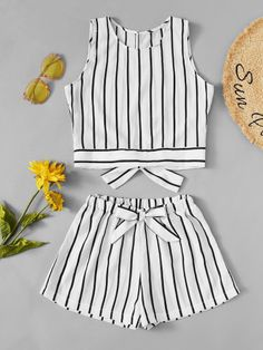 Knot Back Striped Top With Shorts -SheIn(Sheinside) Cute Lazy Outfits, Cool Outfits, Kids Summer Dresses, Teen Fashion Outfits, Fashion Edgy, Fashion 2018, Leotard Fashion, How To Make Clothes, Clothing Hacks