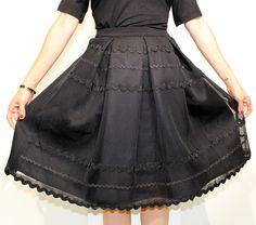 Falda negra midi con bordados de English Factory Tienda online   Moda mujer y hombre