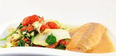 Pappardelle van courgette is veel gezonder dan echte pasta. Het andere voordeel is dat je groente prima met vis kunt combineren.