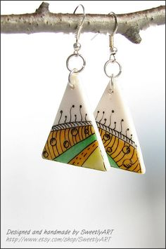 Geometric jewelry Zentangle earrings hand painted triangle orange green jellow white polymer clay art for women -SweetlyART Could use shrinky dinks? Polymer Clay Kunst, Polymer Clay Projects, Polymer Clay Earrings, Teracotta Jewellery, Terracotta Jewellery Designs, Ornaments Design, Geometric Jewelry, How To Make Beads, Making Ideas