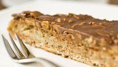 La buonissima ricetta della torta fredda con nocciole: un dolce ideale per l'estate da preparare senza cottura in pochi minuti