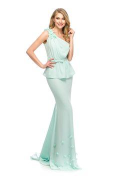 Feminine & elegant look in a beautiful mint pastel. OLY evening dress by Athena Philip >>> www. Glamorous Evening Dresses, Luxury Dress, Peplum Dress, That Look, Pastel, Feminine, Mint, Glamour