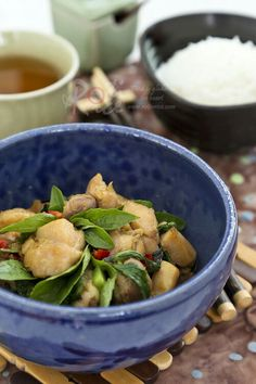 Delicious and fragrant Thai Basil Chicken - only minutes to prepare | Roti n Rice