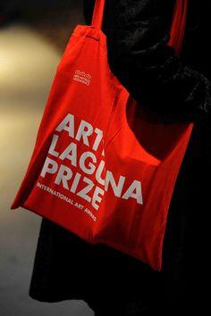 Arte Art Borsa di Tela Canvas Bag Rosso Red Premio Prize Arsenale Nappe Venezia