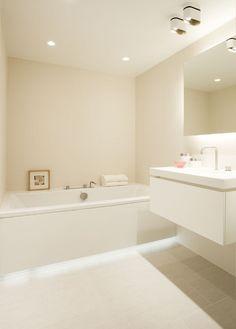 Modular Lighting indirecte verlichting badkamer