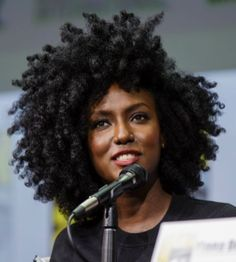 natural hair journey 9 Super-Helpful Natural Black Hair Care Tips Black Natural Hair Care, Black Hair Care, Dark Curly Hair, Curly Afro, Frizzy Hair, Thin Hair, Blonde Hair, Black Hair Updo Hairstyles, Curly Hair Styles