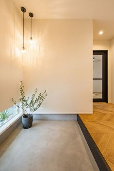 Small House Interior Design, Japanese Interior Design, House Design, House Entrance, Entry Foyer, Facade House, Cool Rooms, Model Homes, House Rooms