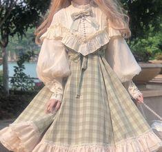 Pretty Outfits, Pretty Dresses, Beautiful Dresses, Kawaii Dress, Kawaii Clothes, Kawaii Fashion, Cute Fashion, Old Fashion Dresses, Fashion Outfits