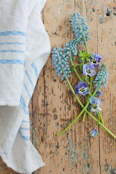VIBEKE DESIGN: Still bright blue ...